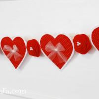 Felt Valentine Banner {Valentine's Day Decor}