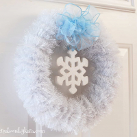 DIY White Winter Wreath Tutorial
