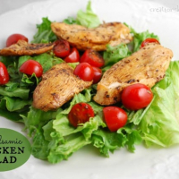 Balsamic Chicken Salad with Cherry Tomatoes {Recipe}