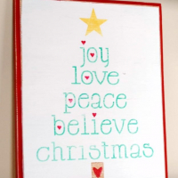 Christmas Decor- Wood Sign {Plus Free Printable Tree}