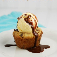 Candy Bar Stuffed Chocolate Chip Cookie Cups
