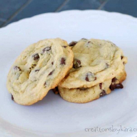 Soft Chocolate Chip Cookies {with Pudding}