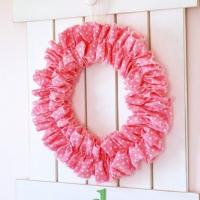 Easiest Ever Ruffle Wreath!