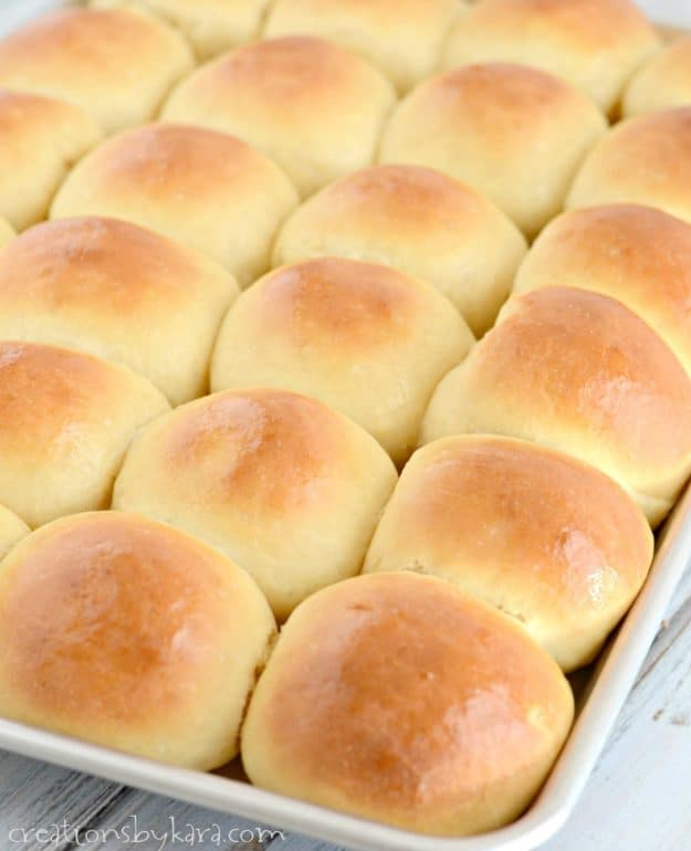 Yummy White Dinner Rolls - this has been a favorite roll recipe for years. Soft, fluffy, and delicious homemade rolls every time!
