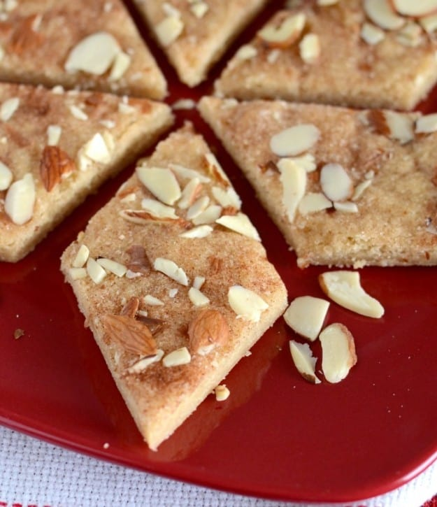 Jan Hagels- yummy Dutch cinnamon sugar bars that are easy to make and delicious!