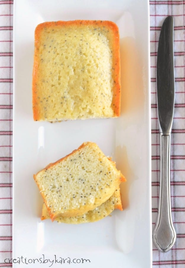 Recipe for mouthwatering Poppy Seed Bread that everyone loves!