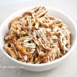 white-chocolate-cinnamon-pretzels
