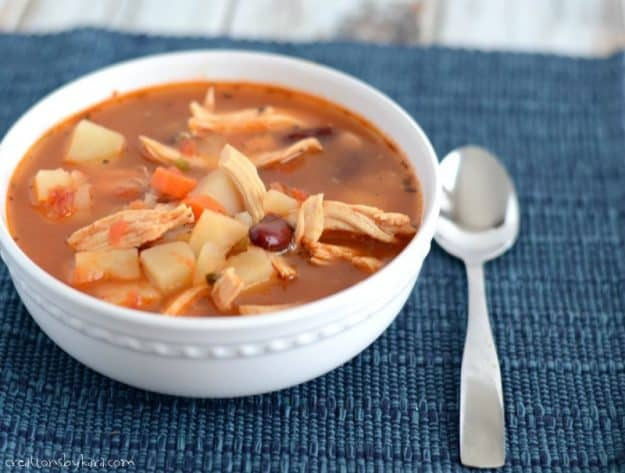Mexican Chicken Chili - a hearty and delicous soup.