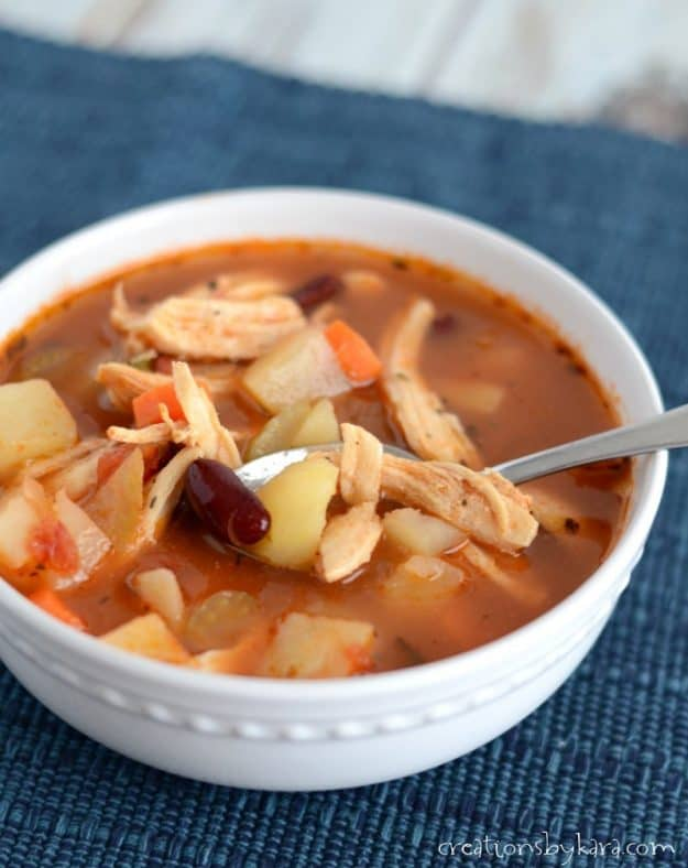 Chunky Mexican Chicken Chili - serve with cornbread for a perfect chilly evening dinner.