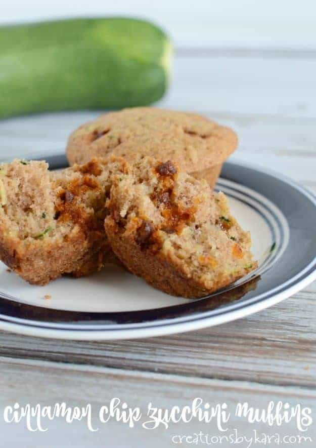 Cinnamon Chip Zucchini Muffins - if you love cinnamon, this is the zucchini muffin recipe for you!