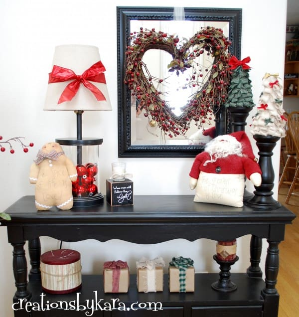 DIY Christmas Decorating--Entry Table