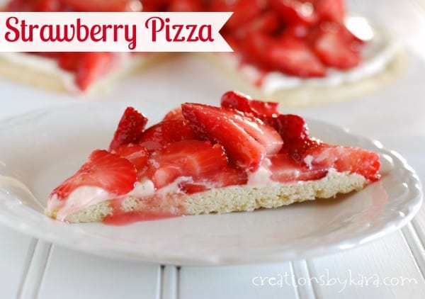 strawberry-cheesecake-fruit-pizza