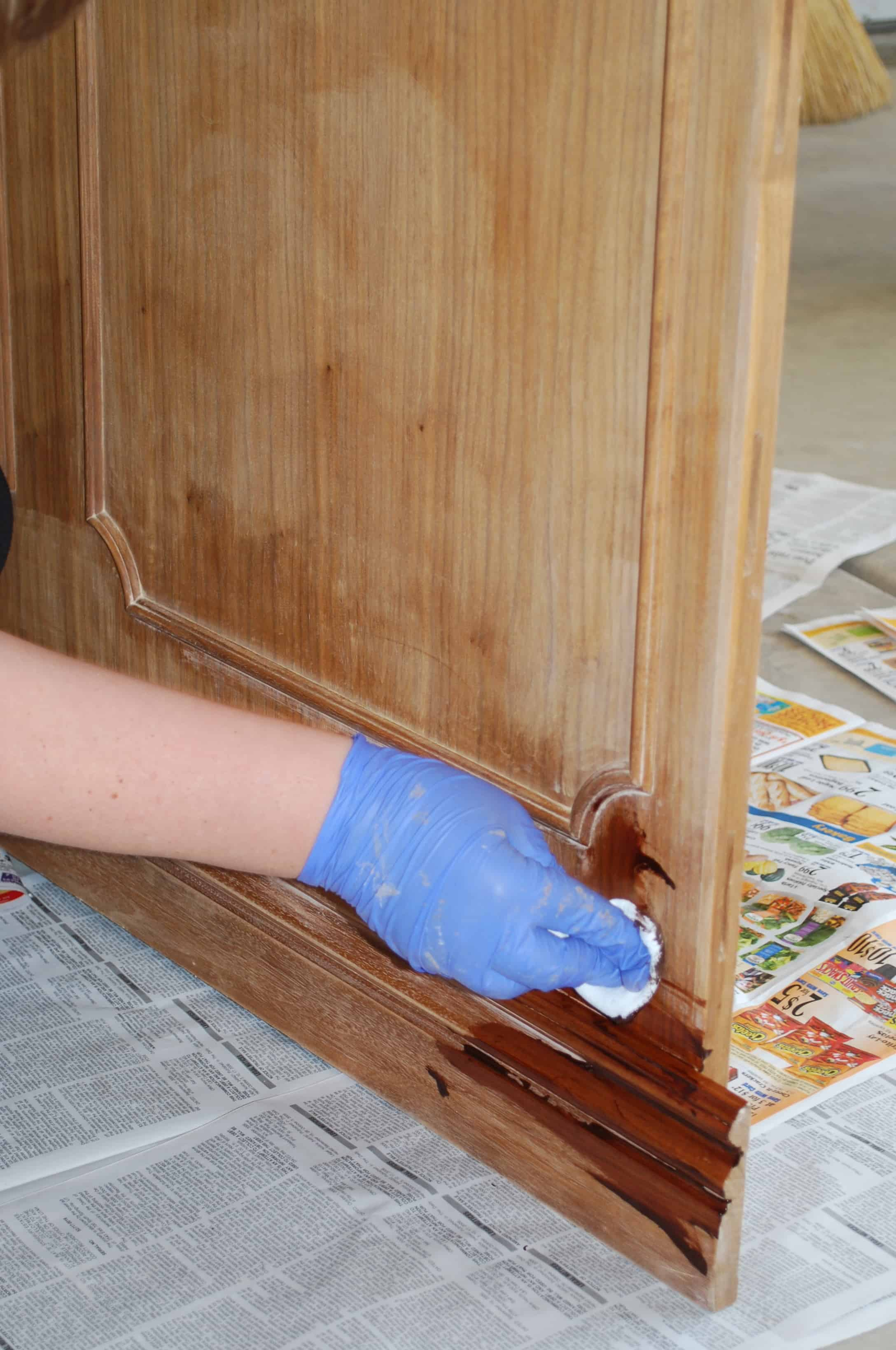 how-to-stain-furniture