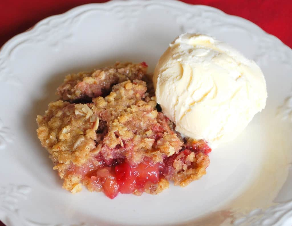 raspberrry-rhubarb crisp-recipe