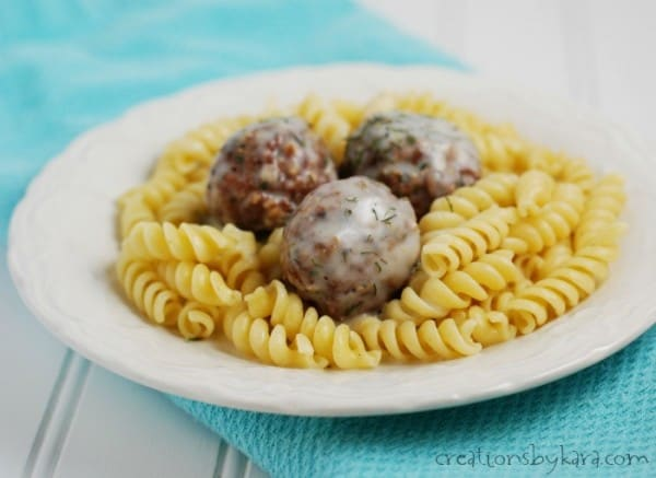 peppered-meatballs-dill-sauce