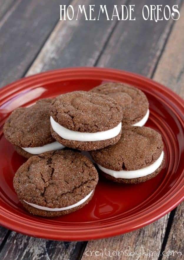 homemade oreo cookies title photo