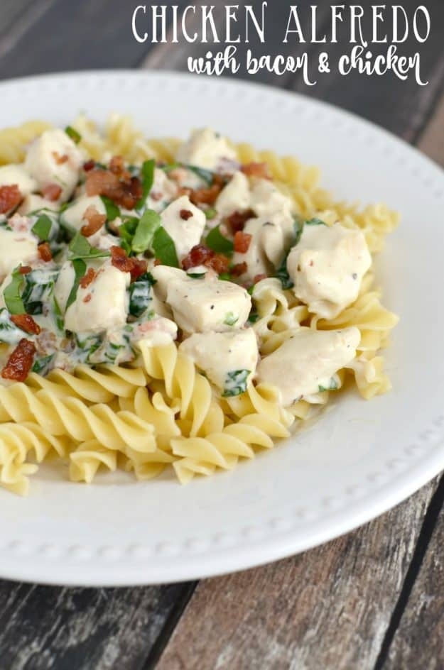 Easy Chicken Alfredo with Bacon and Spinach