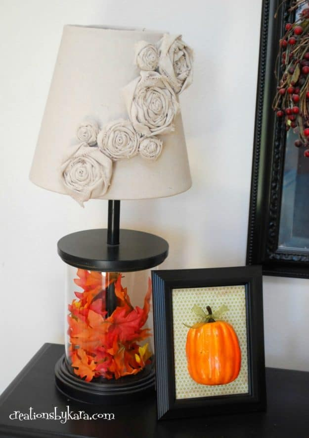 Need some quick and easy fall decor? Give this framed pumpkin a try. It is so cute and so easy!