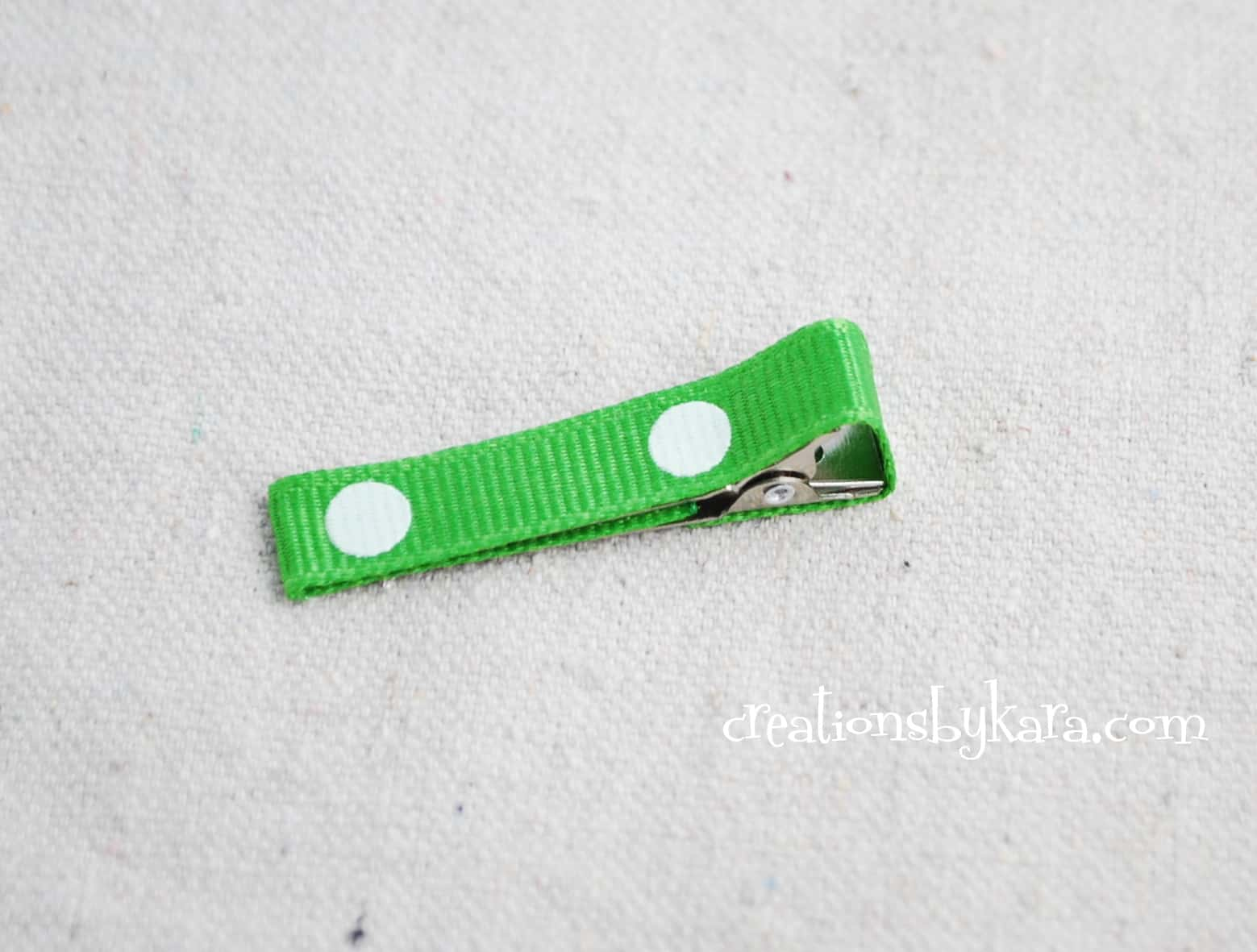 lined-ribbon-alligator-clip