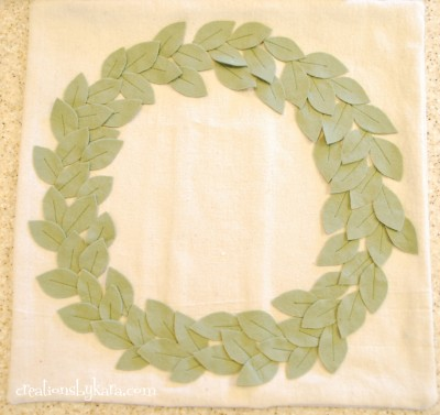 pottery barn wreath pillow 030
