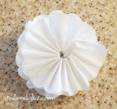 crepe paper flower tutorial 010