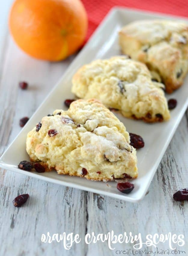 Orange Cranberry Scones with White Chocolate - tasty scones that turn out perfect every time. #scones #cranberryscones #orange #baking