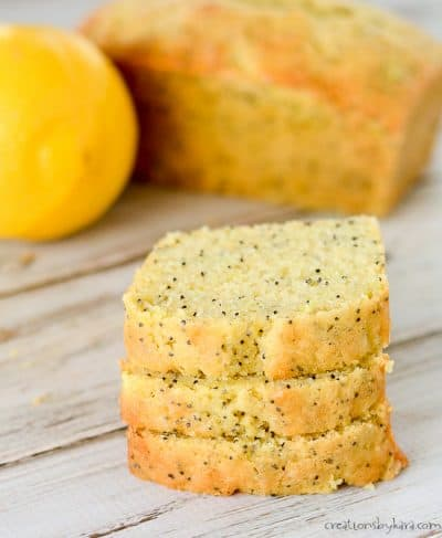 Recipe for lemon poppy seed zucchini bread