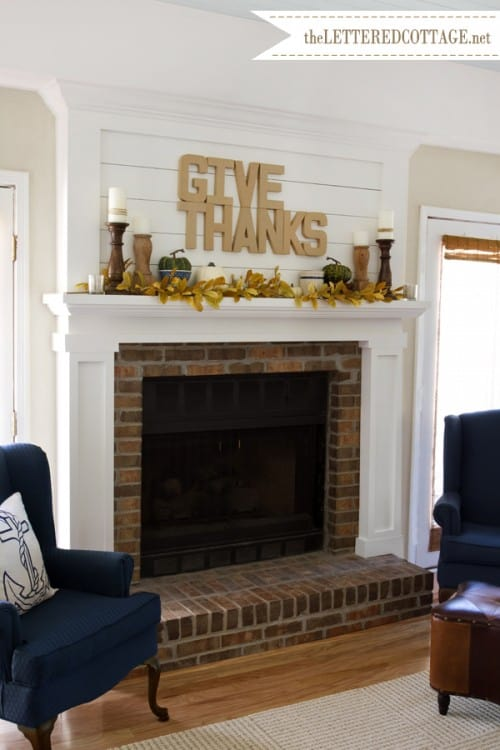 diy-fall-mantel-display