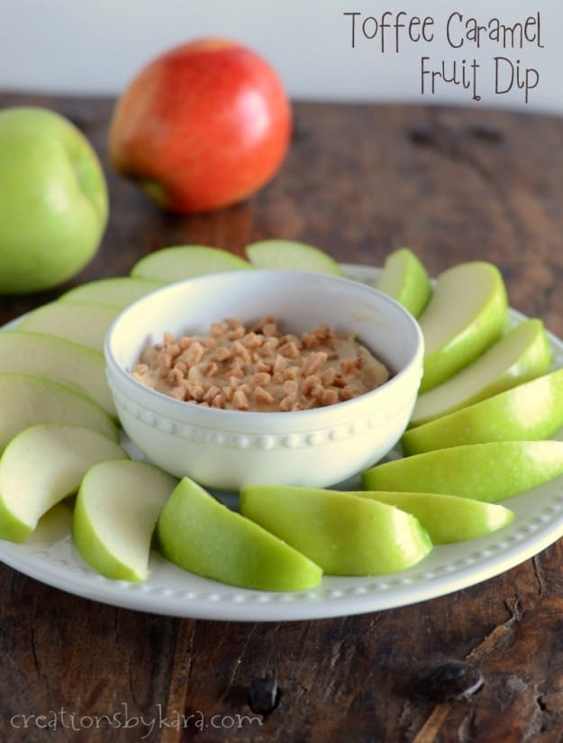 This Toffee Caramel Fruit Dip is my favorite dip for apples- ever!!