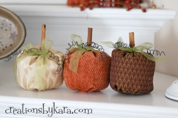 diy-fall-decor-fall-mantel