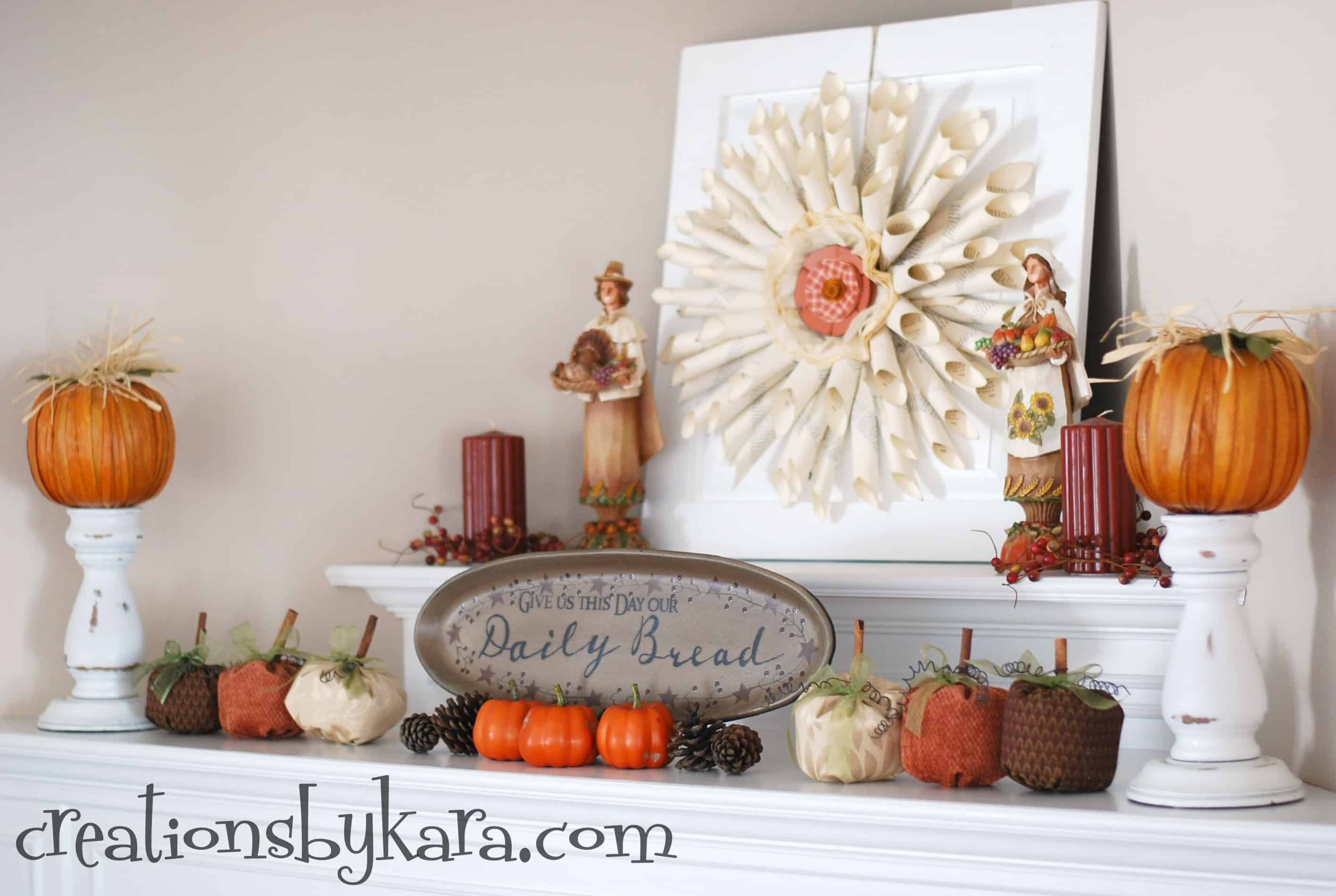 30 beautiful fall mantel displays for Homemade fall decorations for home