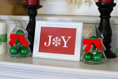 Christmas Mantel Decor 2012 029