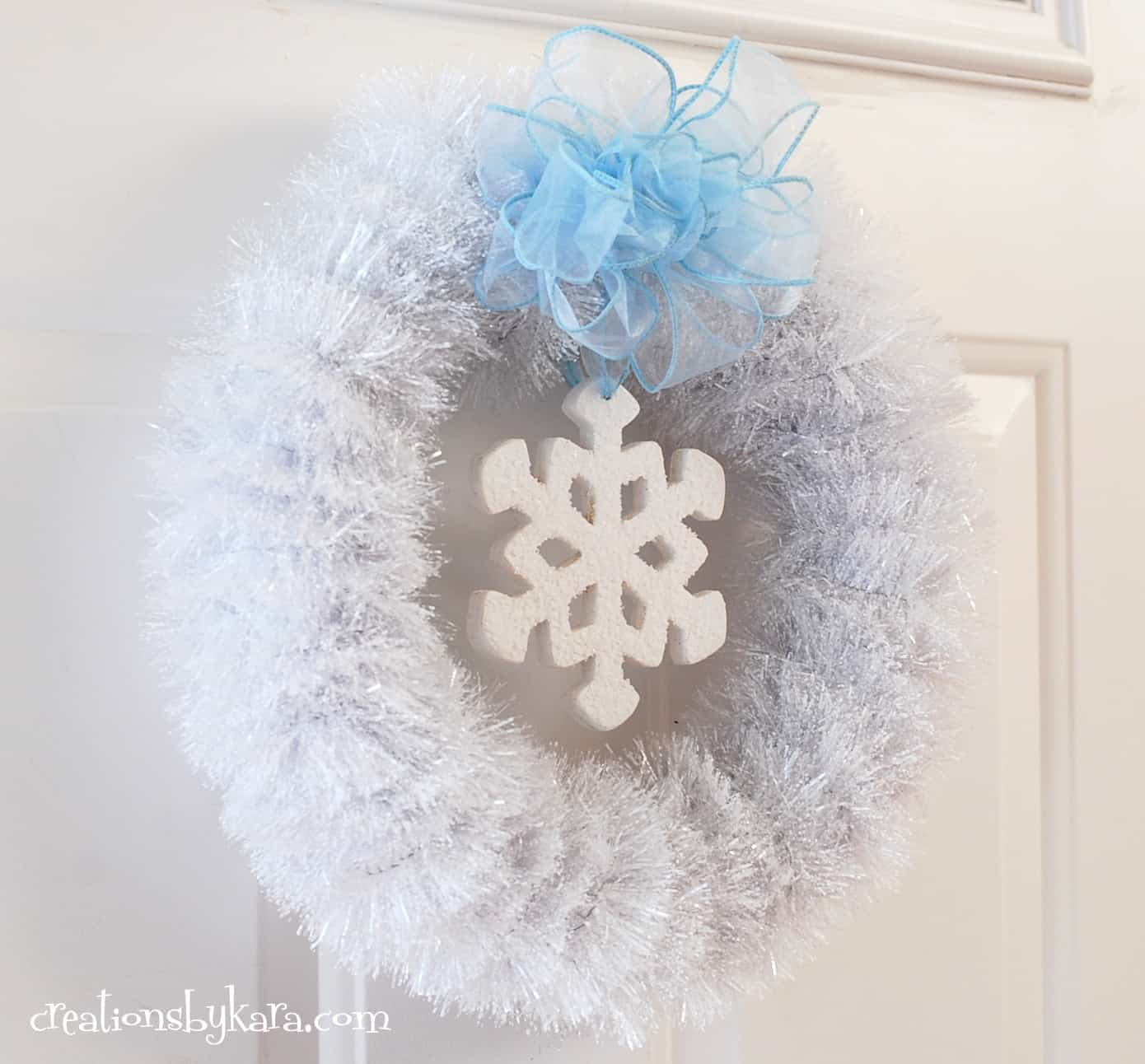 White Winter Wreath Tutorial