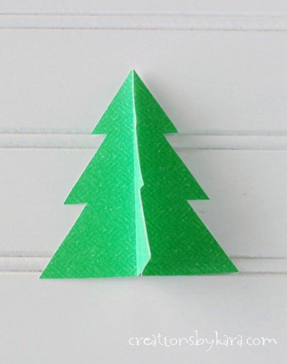 Easy Christmas Decor- Tree Banner-016