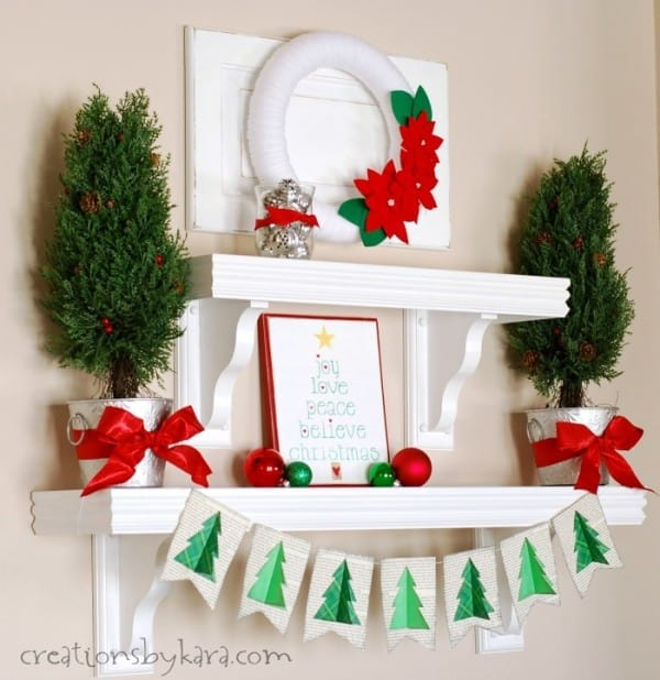Silver green and red christmas shelf decor for Red white green christmas decor