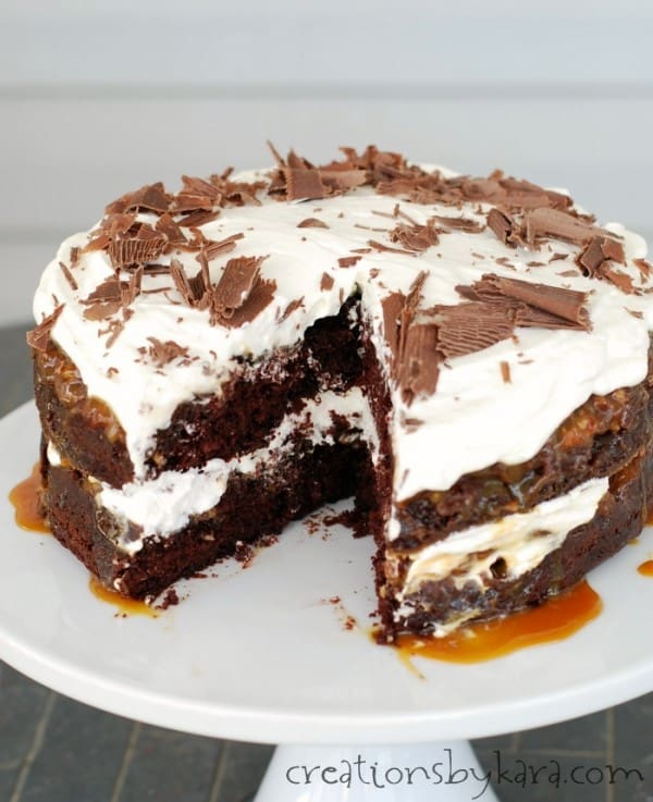 chocolate-turtle-cake-recipe
