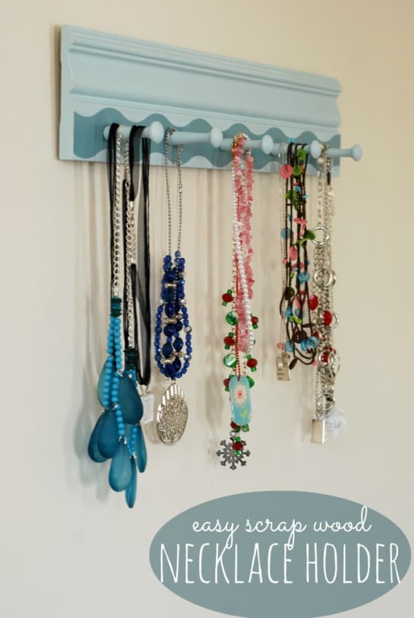 diy-neckalce-holder