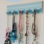 diy-necklace-holder