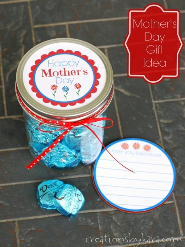 Mother's Day gift jar with chocolate and note of appreciation. A perfect gift for any mom!