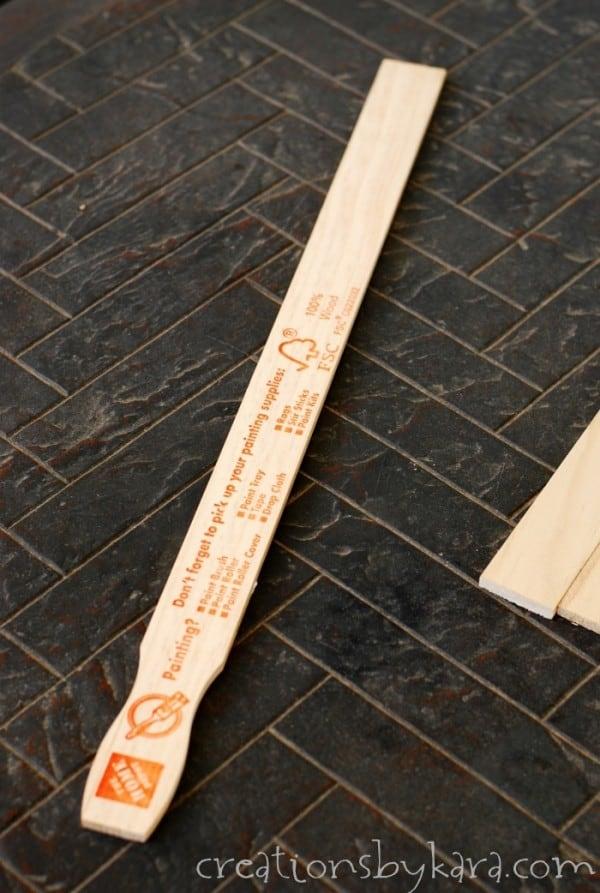 Paint-Stick-Wood-Sign