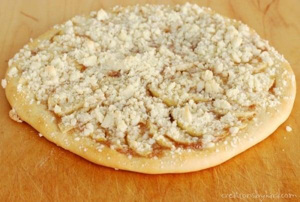 Apple Pie Pizza-002-2