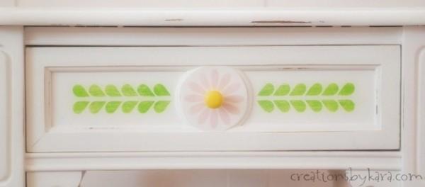 Martha Stewart Daisy Stencil