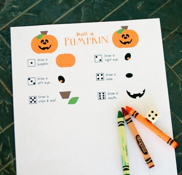 halloween game with crayons and dice