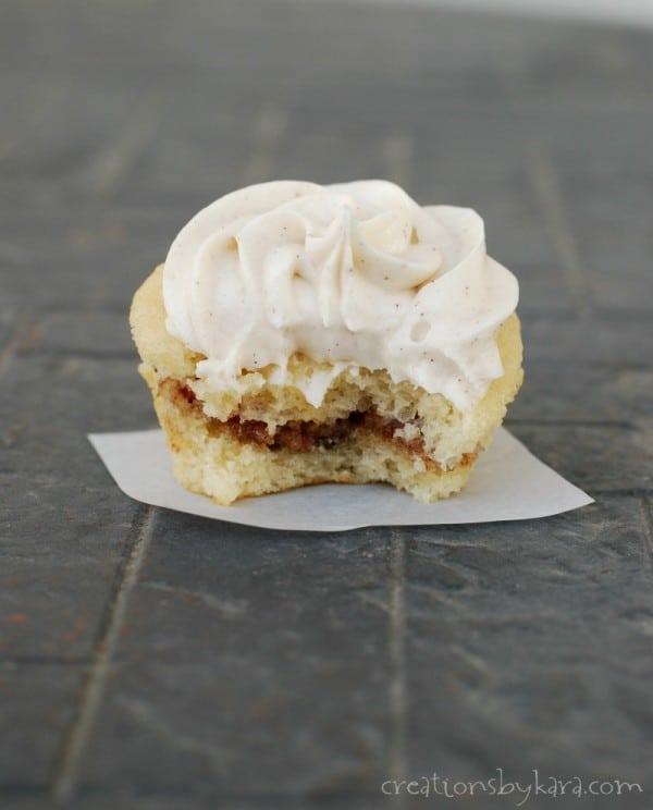 If you love cinnamon rolls, you will love these Cinnamon Bun Cupcakes!