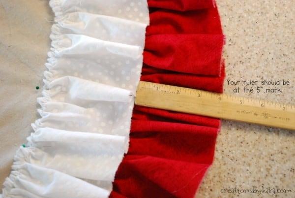Double ruffle canvas tree skirt