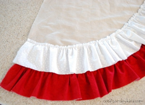 Ruffle Tree Skirt-