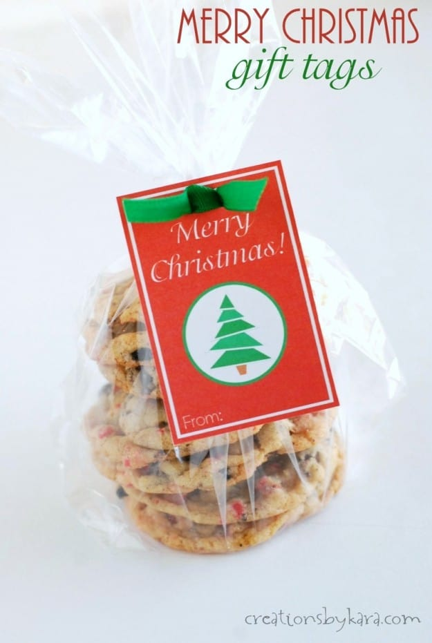 Free printable Merry Christmas gift tags.