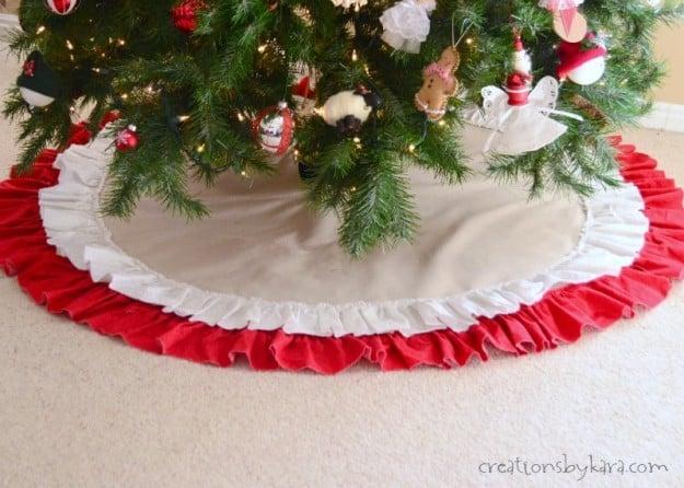 how to make an easy ruffled tree skirt - How To Make A Christmas Tree Skirt