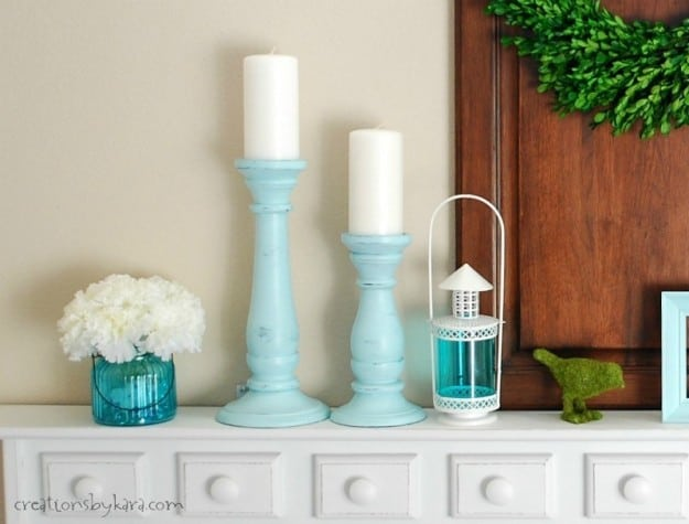 Aqua Shelf Decor Ideas