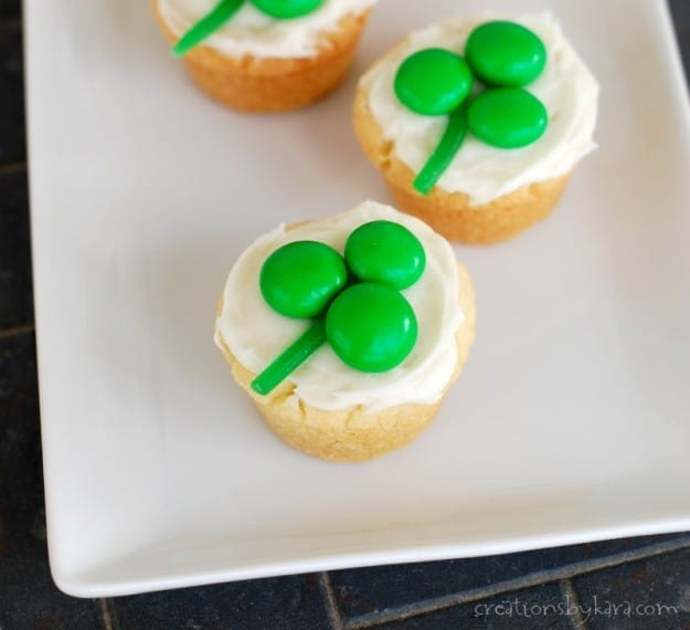 St. Patrick's Day cookie cups